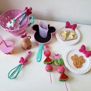 Minnie Mouse Kitchen set